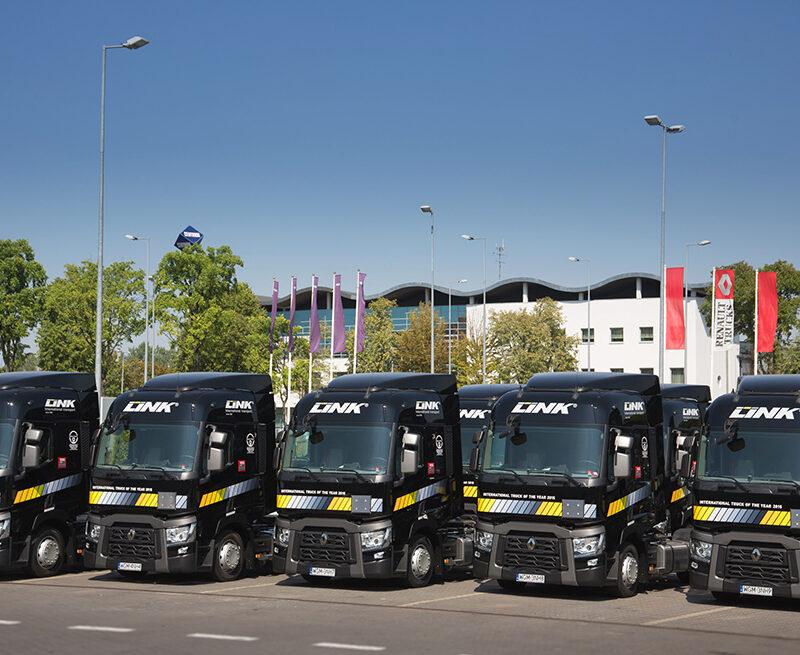 Nowe Renault weflocie LINK